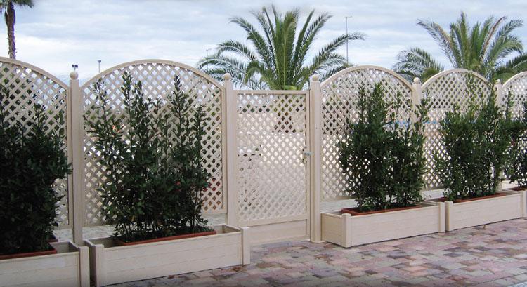 Grigliati e recinzioni addis davide for Corrimano in legno leroy merlin
